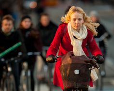 Swedish City Gives Commuters Free Bikes for Six Months to Reduce the Use of Cars | Inhabitat - Sustainable Design Innovation, Eco Architecture, Green Building