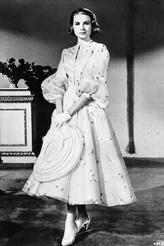 Style File: Grace Kelly | British Vogue Helen Rose, Vintage Hollywood, Hollywood Glamour, Classic Hollywood, Grace Kelly Style, Princess Grace Kelly, Monaco, Camille Gottlieb, Patricia Kelly