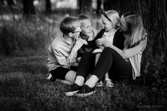 Family Photo Sessions, Family Posing, Family Portraits, Summer Family Photos, Children And Family, Mother And Child, Image Photography, Family Photographer, Stockholm