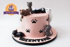 The Effective Pictures We Offer You About birthday cake for mom A quality picture can tell you many things. You can find the most beautiful pictures that can be presented to you about best birthday ca Birthday Cake For Cat, Novelty Birthday Cakes, Cool Birthday Cakes, Pink Birthday, Kitten Cake, Mom Cake, Funny Cake, Occasion Cakes, Drip Cakes