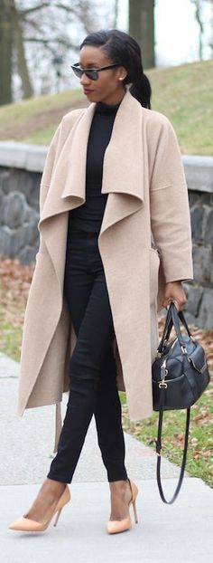 All Black And Camel Outfit Idea