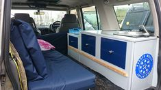 Hi this is the first disco ive seen been properly made into a camper, it looks fantastic and also much cheaper than a roof tent ! Landrover Camper, Car Camper, Offroad Camper, Land Rover Discovery 1, Discovery 2, Off Road Camping, Van Camping, Camping Stuff, Towing Vehicle