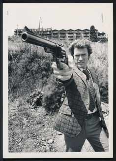 CLINT EASTWOOD as Harry Callahan DIRTY HARRY.jpg