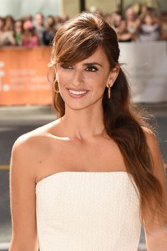 Penélope Cruz hit two countries in two days and in three very stylish outfits. From NY to Toronto, the Latina beauty opted for looks that complemented her knockout figure and stole the show at every event she attended. Check out her looks here.
