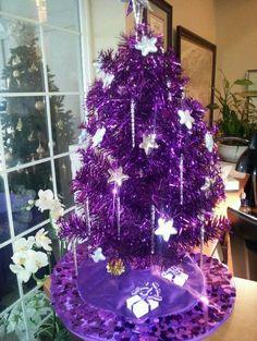 Purple christmas tree skirt - Christmas Tree : Tree of Life # Purple Christmas Tree Decorations, Unique Christmas Trees, All Things Christmas, Christmas Time, Christmas Colors, Christmas Ideas, Purple Love, All Things Purple, Shades Of Purple