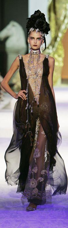 Glamour gown / karen cox. Christian Lacroix Fall 2005 HC