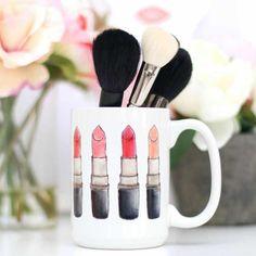 Lippenstift Swatch-a-thon Becher - Lippenstift Swatch-a-thon Tasse Makeup Bag Organization, Makeup Storage, Cute Makeup, Diy Makeup, Makeup Geek, Selling Mary Kay, Makeup Counter, Makeup Brush Holders, Lipstick Swatches