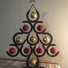 Horse Shoe Christmas Tree