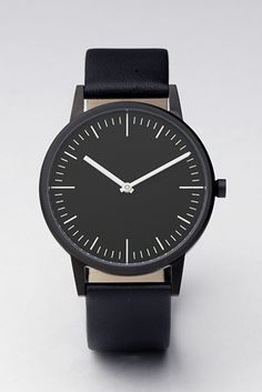 Uniform Wares new 150 series slim wrist watch. I like the Uniform Wares watches and am looking forward to see how they will continue to their minimal aesthetic in the near future.