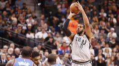 Spurs edge Knicks to keep home win streak alive