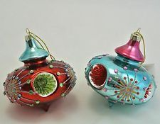 Gisela Graham Christmas Set of Two Vintage Style Glass Shaped Coloured Baubles
