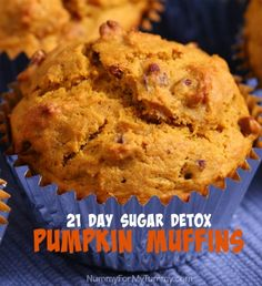 I love paleo PUMPKIN SPICE MUFFINS Texture is good. A little bland but that should be expected with no added sweeteners. Sugar Detox Recipes, 21 Day Sugar Detox, Sugar Detox Diet, Gluten Free Pumpkin, Pumpkin Recipes, Whole 30 Dessert, Whole Food Recipes, Dessert Recipes, Pumpkin Spice Muffins