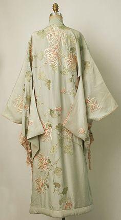 Chrysanthemum Embroidered Kimono, ca. 1910 Iida  Co./Takashimayavia The Met