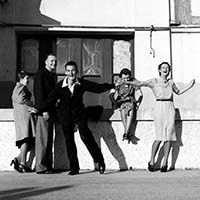 With his wind-up gramophone on the windowsill behind him, George was willing to dance with anyone. This impromptu display took place outside the Lido dance hall on the northern end of the promenade. 25 August 1940