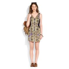 """✨Host pick✨ Madewell Violetta dress Website description: """"Subtly slimming side panels frame an out-of-this-world floral photo print. Silk georgette. Sleeveless. Fitted bodice. Snap-placket closure. A-line skirt. Partially lined. Falls above knee, 35 1/4"""" from shoulder. Import. Dry clean."""" Purchased on Posh but never wore. Great condition, no flaws. Madewell Dresses"""