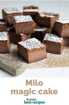 Heres a twist on the famous magic cake that magically separates in the oven into three layers - fudge base custard centre and sponge cake top - only this one is flavoured with Milo. Yummy Treats, Delicious Desserts, Sweet Treats, Yummy Food, Cook Desserts, Milo Recipe, Milo Cake, Baking Recipes, Cake Recipes