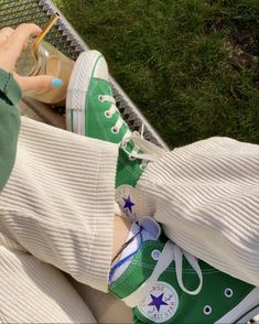Dr Shoes, Swag Shoes, Hype Shoes, Me Too Shoes, Mode Converse, Green Converse, Hi Top Converse, Green Sneakers, Designer Shoes