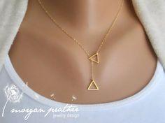Petit sautoir Triangle - Dainty Little charme de forme Triangle, bijoux en or, sautoir, cadeau pour, bijoux de mariage, mariée
