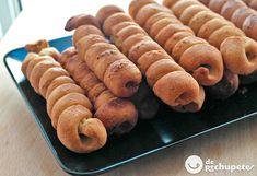 Cómo preparar en Semana Santa los típicos dulces de Cádiz, los gañotes. Famosos en Ubrique, esta masa similar a los pestiños es famosa en toda Andalucía. Preparación paso a paso y fotos.