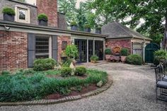 Home for sale at 801 Green Willow Way Louisville, KY 40223, with MLS 1441488.