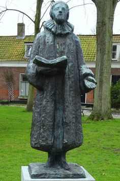 Street Image, Writers And Poets, Public Spaces, Serbian, Garden Sculpture, Poems, Bronze, Faith, Netherlands