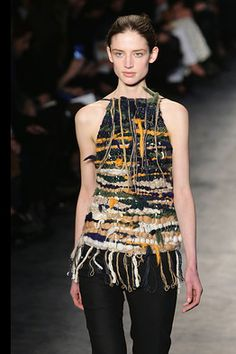 """Modeconnect.com Fashion News – May 6 2014 – """"Altuzarra's surprise runway-hit gets a department store makeover"""" - making his designs more accessible v/@ WSJ"""
