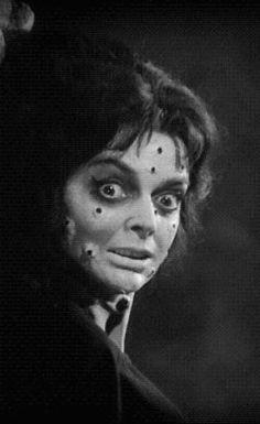 "Barbara Steele dans ""le masque du Démon"" (Mario Bava)"