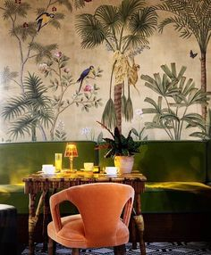 Loving the colonial feel too - this jungle wallpaper mural, complete with monkeys is by @degournay ..#wallpaper #wallmural #junglemural #woodlandmural #treemural #blackandwhitemural #interiordesign #interiors #interiorstyle #interiorstyling #interiorinspiration #interiorinspo #homedecor #homestyle #homedesign #homestyling #interiorsblogger #interiorsblog #homeblog #homeblogger #inspo #interier #myhomevibe #2018style #2018interiors #getinvolved