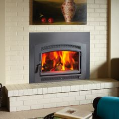 Large Flush Wood Hybrid-Fyre Insert with Single Arched Door by Fireplace Xtrordi… - Wood Burning Fireplace Inserts Wood Burning Fireplace Inserts, Brick Fireplace Makeover, Small Fireplace, Farmhouse Fireplace, Fireplace Remodel, Fireplace Mantle, Fireplace Ideas, Mantle Ideas, Wood Burning Stove Insert