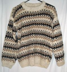 """Vintage Vermont Warm and Fuzzy 100% Wool Sweater Fits up to 40""""Bust $22.00"""