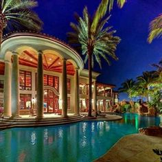 Millionaire Beach House – Estates Mansions in Florida – - Modern Mansion Homes, Dream Mansion, Luxury Pools, Cool Pools, Pool Houses, House Goals, My Dream Home, Dream Homes, Exterior Design