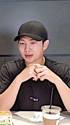 Jungkook Songs, Foto Jungkook, Bts Suga, Foto Bts, Namjoon, Taehyung, Funny Prank Videos, Bts Aegyo, Bts Concept Photo