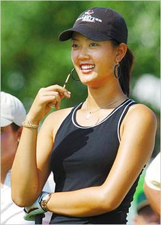 LPGA Champion Hot Golfer Michelle Wie Autograph Hand Signed Pumpkin Ridge Pairings Book - She is on the cover, and the signature was obtained by us personally at Pumpkin Ridge in North Plains Oregon o