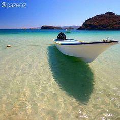 #BahíaConcepción in Mulegé is amazing! What would you do in this amazing beach?  Bahía Concepción en #Mulegé es impresionante. Qué harías en esta playa?  #BajaCaliforniaSur #VisitBajaSur Picture by: @pazeoz