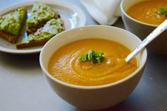 With just a few simple ingredients, this carrot ginger soup recipe is perfect for a busy weeknight. Pair it with avocado toast, and you've got a fast and filling fall dinner. What makes it even better? It's loaded with ingredients that support clear, healthy skin.  Here are just a few of the health benefits …