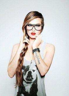 Female Tattoo Nerd