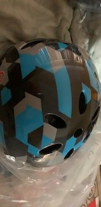 d40bfda0043f Used black and blue bicycle helmet for sale in Inglewood - letgo