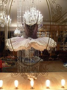 Stunning window display at Repetto, Paris | post Let's Dance! #ballet #tutu #pointeshoes