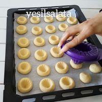 ChefCricket: Facsarós keksz - My site Cookie Recipes, Dessert Recipes, Food Decoration, Turkish Recipes, Creative Food, Cake Cookies, Sweet Recipes, Sweet Tooth, Bakery