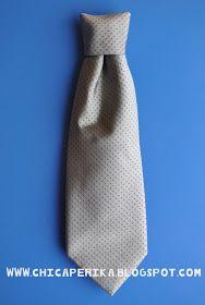 Chica Perika: Tutorial de Cómo hacer una corbata para niño a partir de la de un adulto   Recetas   Costura   Manualidades   Tutoriales Gender Reveal, Bows, Fashion, Carnival, Upcycled Clothing, Tutorials, Shirts, How To Make, Patterns