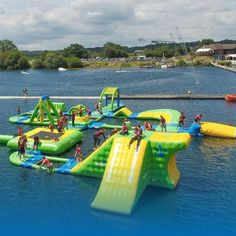 Parques a cabo - Parker Summer Reunion Games - Praia Inflatable Island, Inflatable Water Park, Water Toys, Water Play, Sports Nautiques, Water Sports, Summer Pool, Summer Fun, Cool Pool Floats