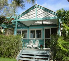 STARFISH BEACH HOUSE   Hardys Bay Killcare, NSW   Accommodation