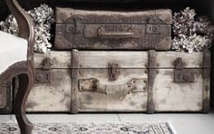 Old trunks and suitcases. Vintage Suitcases, Vintage Luggage, Vintage Travel, Old Trunks, Vintage Trunks, Vintage Chest, Vintage Love, Vintage Items, Vintage Stuff