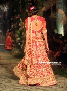 Hindi Events Tarun Tahiliani Show at Aamby Valley India Bridal Fashion ...