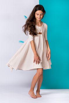 Suknie i sukienki dla dziewczynek na DeFashion.pl | #defashionpolska #fashion #kids #dresses #sukienki #dzieci #suknia Fashion Kids, Cold Shoulder Dress, White Dress, Dresses, Vestidos, Dress, Gown, Outfits, Dressy Outfits