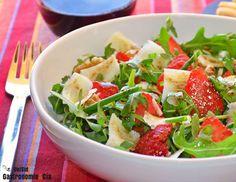 Ensalada de rúcula, fresas y parmesano | Gastronomía & Cía