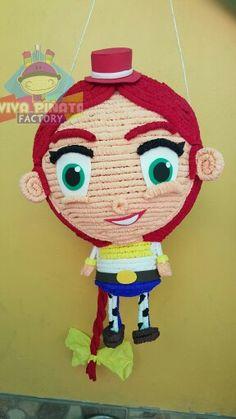 Piñata  Jessy la vaquerita... Ya tenemos todo para tus fiestas, pregunten por modelos. #ApoyenElTalentoMexicano
