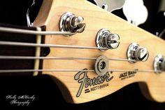 P-bass headstock