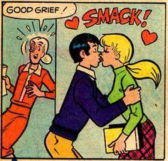 A Treat For Betty/Reggie Fans