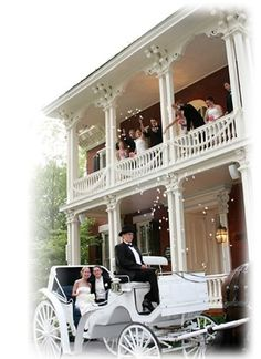 Larimore House Plantation  St. Louis Wedding & Wedding Reception Venue LOVE the idea of a balcony shot!
